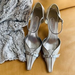 Vintage Givenchy silver and gray satin shoes 38